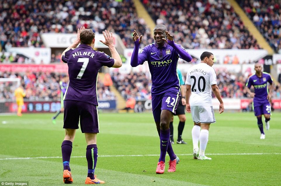 Yaya-Toure-Swansea-v-Manchester-City